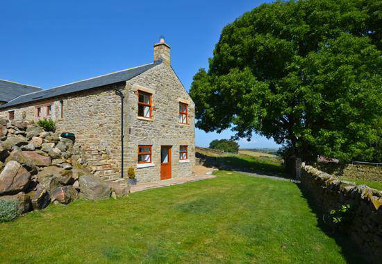Curlew cottage self catering holiday cottage accommodation  has ample outside space for relaxation. Visit nearby Hexham and Hadrian's Wall Northumberland North East England uk